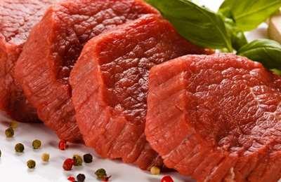 ломтики красного мяса
