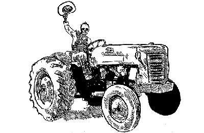 тракторист пашет сою