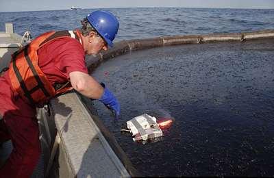 бактерии уничтожают нефть