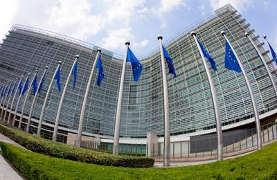 ЕС и три сорта кукурузы