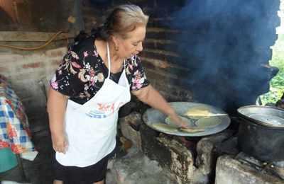 приготовление мексиканских лепешек