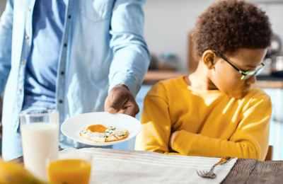 ребенок не хочет яичницу