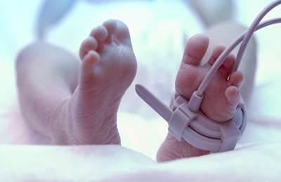 рожденный малыш