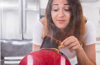 подгоревший тостер